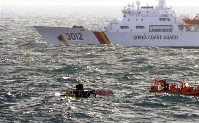 5 người Việt mất tích trong vụ cháy tàu ngoài khơi đảo Jeju của Hàn Quốc