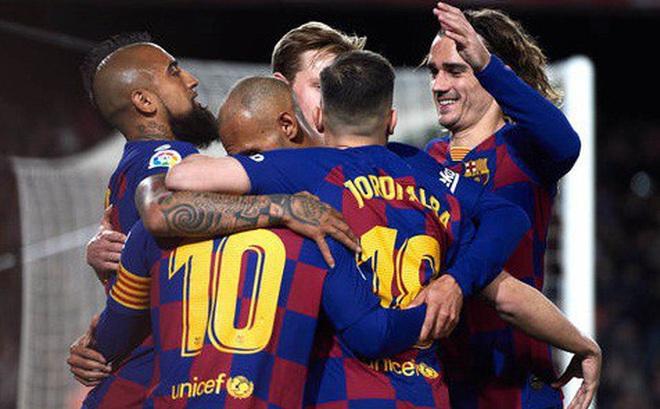 La Liga ngưng vì Covid-19, Barcelona sẽ vô địch?