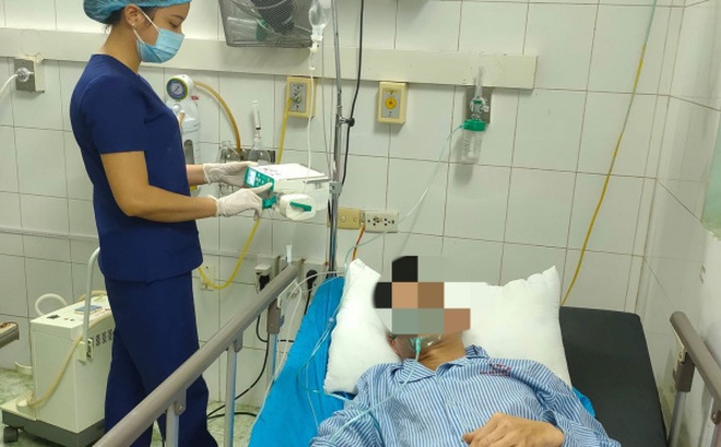 Tự uống kháng sinh trị bệnh, một bệnh nhân sốc phản vệ