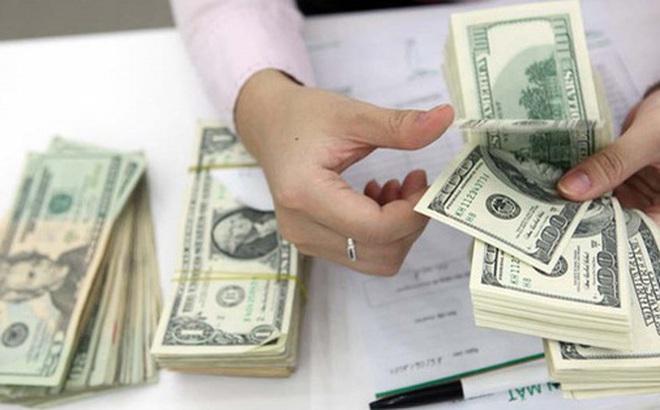Vì sao tỷ giá USD/VND bất ngờ tăng vọt?