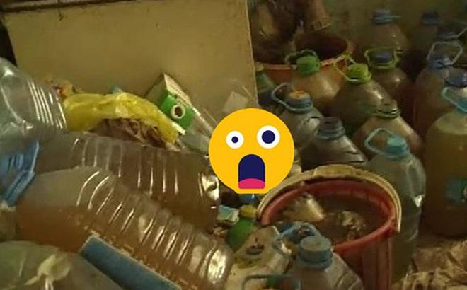 Hàng xóm liên tục kêu ca vì mùi hôi thối, cảnh sát tới kiểm tra gia đình nọ thì phát hiện 1300 lít chất lỏng khiến ai cũng bịt mũi