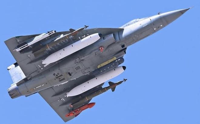 Chê Su-57 Nga, Ấn Độ tập trung tiêm kích trong nước, tưởng rẻ mà quá đắt