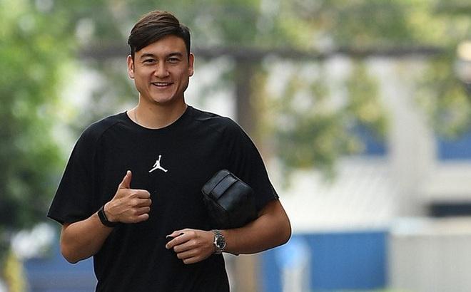 """Nghỉ thi đấu dài ngày, Văn Lâm học thêm tiếng Thái để """"chiến đấu"""" cho suất bắt chính ở Muangthong United"""