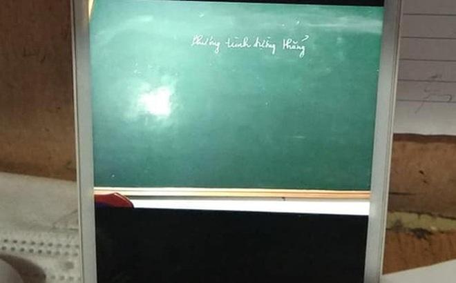 Hỏi câu nào trả lời đúng câu đấy, thầy giáo vui mừng vì học sinh tiến bộ nhưng sự thật phía sau mới ngã ngửa