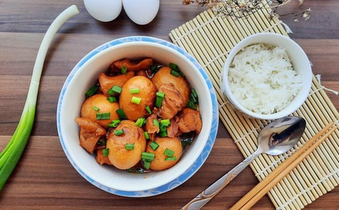 Thịt heo kho tàu ai cũng biết, nhưng gà kho tàu cực ngon bạn đã từng thử chưa?