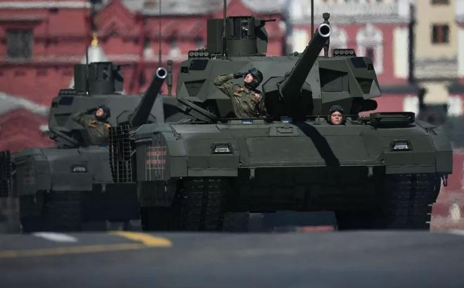 """""""Ba anh em trên một chiếc xe tăng Nga"""" tác chiến ra sao?"""