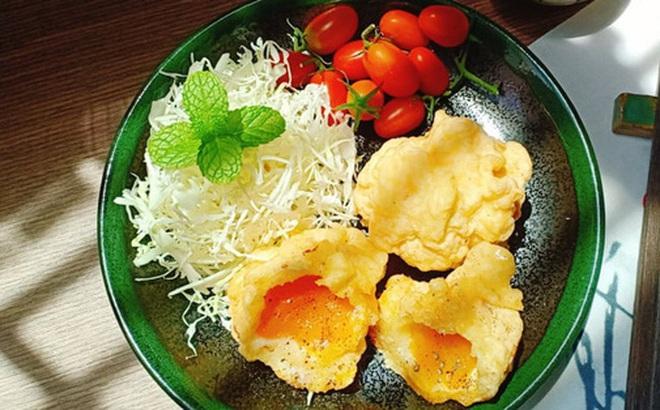 Tôi học được đầu bếp người Nhật cách làm tempura trứng, cả 2 con đứa nào cũng thích mê