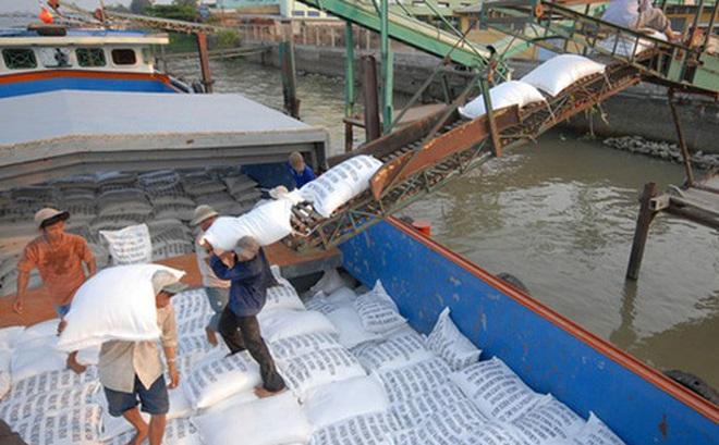 Thủ tướng yêu cầu Bộ Công Thương báo cáo việc xuất khẩu gạo trước ngày 20-4
