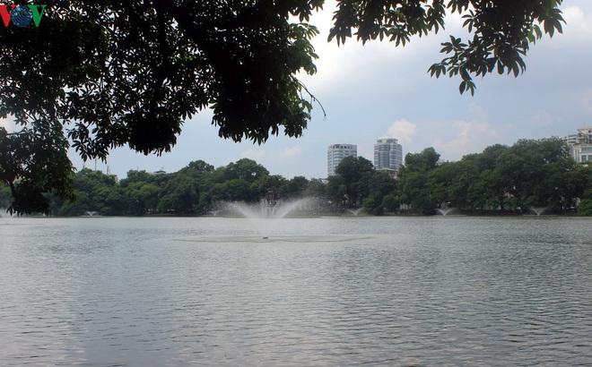 Dự báo thời tiết hôm nay: Nắng nóng ở nhiều nơi, đêm có mưa dông