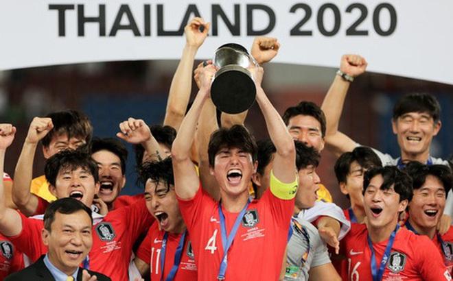 Mảng tối lộ diện mùa Covid: Có một nền bóng đá Hàn Quốc ích kỷ, không lung linh như phim ảnh