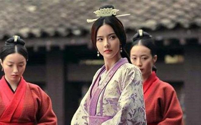 Tào Tháo có 7 người con gái xinh đẹp như tiên nhưng lại được gả cho cùng 1 người đàn ông, rốt cuộc là tại vì sao?