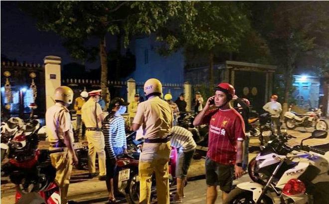 Tổ chức đua xe, hàng chục 'quái xế' bị vây bắt