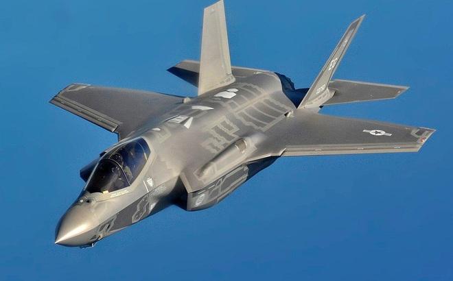 """Siêu chiến đấu cơ F-35 của Mỹ """"sợ"""" 5G của Huawei Trung Quốc?"""