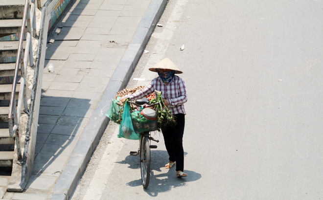 Thời tiết ngày 7/5: Bắc Bộ và Trung Trung Bộ nắng nóng gay gắt, nhiệt độ cao nhất 42 độ C