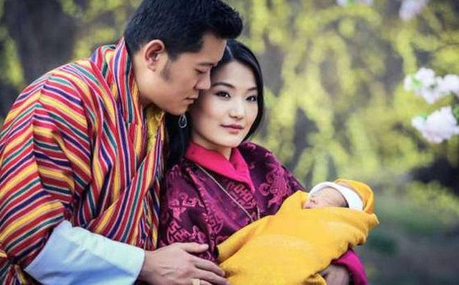 Hoàng hậu 'vạn người mê' Bhutan: Người mẹ coi việc nuôi dưỡng con giống như chăm một cây xanh, tưởng chừng đơn giản nhưng không phải ai cũng làm được