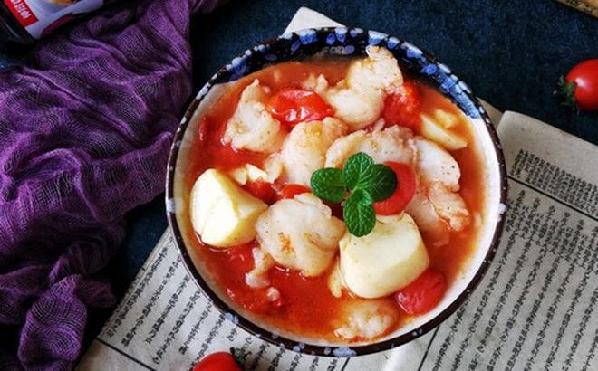 Canh cá nấu chua kiểu này ăn ngon mà nhẹ bụng, mùa hè chỉ cần có thế!