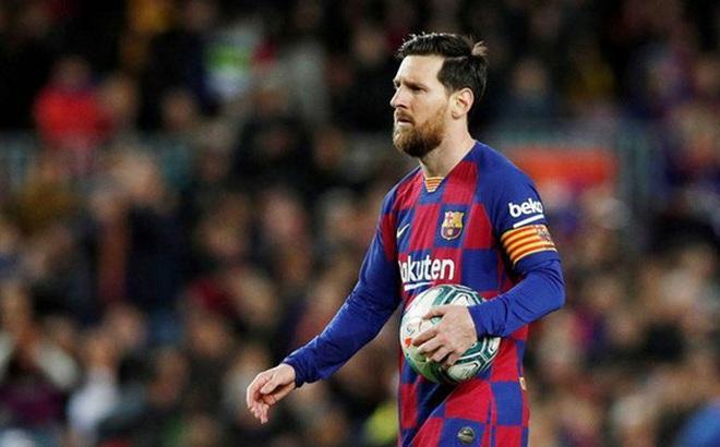 Lionel Messi cảnh báo đồng đội điều gì trước thời điểm thi đấu trở lại