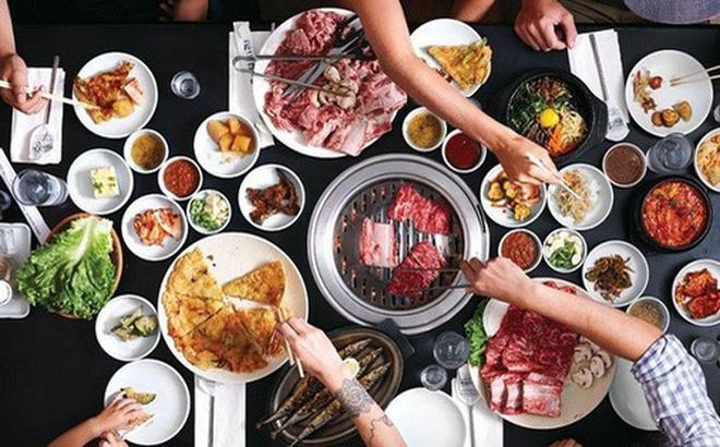 Cùng ăn 1 bữa, nhận ngay ra bản chất con người: Cách ăn quan trọng 9, ứng xử quan trọng 10, thói quen lúc ăn chính là 'chân dung' của bạn!