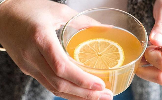 Uống 1 cốc chanh mật ong sau khi ngủ dậy rất tốt nhưng nên uống trước hay sau khi ăn sáng mới THỰC SỰ đại bổ?