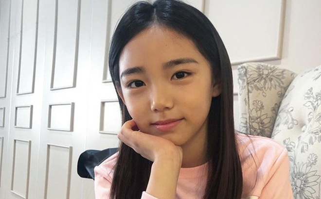 Xót xa câu chuyện mẫu nhí xứ Hàn sở hữu gương mặt đẹp nhất thế giới phải đối diện với bệnh tật vì lạm dụng mỹ phẩm