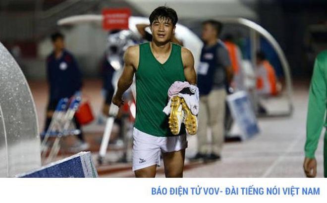 HLV Park Hang Seo thở phào vì chấn thương của Đức Chinh