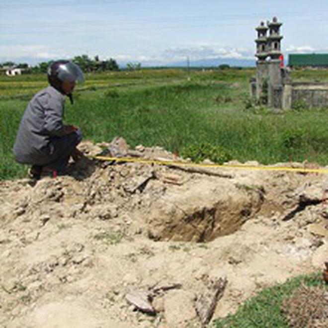 Tìm mộ liệt sĩ bằng ngoại cảm: Nhầm mộ của người... mới chết