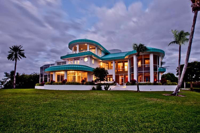 Ngôi nhà có bể bơi trị giá 10,95 triệu USD