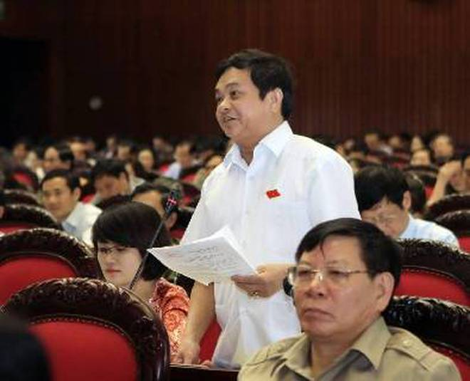 Quốc hội nghe báo cáo sửa đổi Hiến pháp