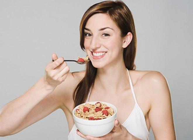 8 kiểu ăn sáng làm tăng cân
