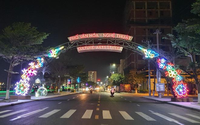 Phố văn hóa nghệ thuật - Trái tim về đêm của thành phố Quy Nhơn