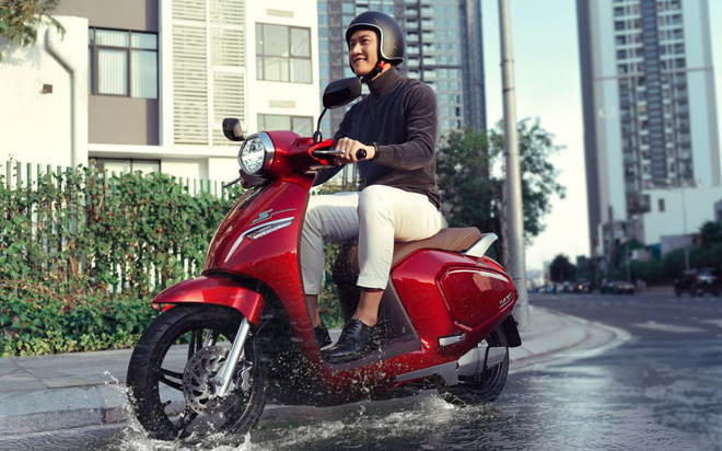 Người Việt đang thay đổi định kiến về xe máy điện như thế nào?