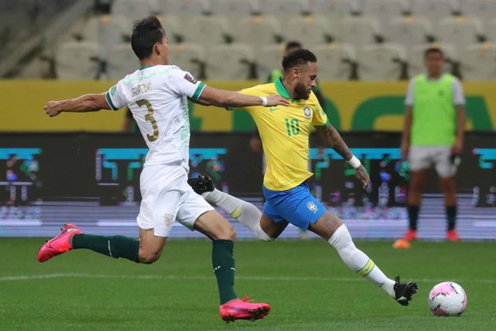 Neymar đóng vai kép phụ, tuyển Brazil thắng tưng bừng 5 sao ở trận ra quân vòng loại World Cup - Ảnh 2.