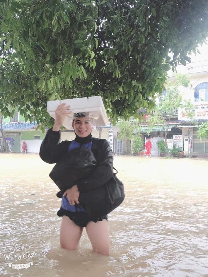 """Báo Thái phát hoảng trước cảnh tượng sân bóng ở V.League 2 bỗng biến thành… """"hồ bơi"""" - Ảnh 3."""