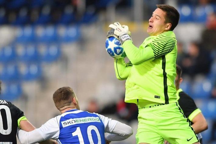 Nghẹt thở giành vé Europa League, Filip Nguyễn có cơ hội đi vào lịch sử ĐT Việt Nam - Ảnh 1.