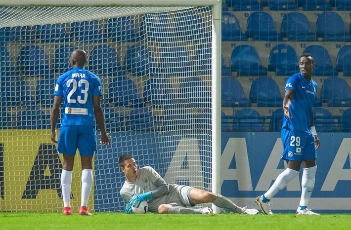 Khởi tranh Europa League: Cơ hội cho thủ môn Việt kiều Filip Nguyễn - Ảnh 1.