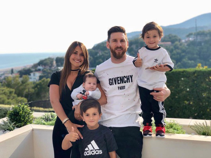 Cận cảnh cuộc sống thượng hạng của Messi ở Barcelona - Ảnh 10.