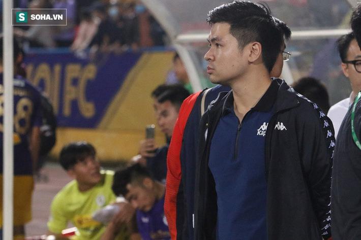 Cầu thủ Hà Nội FC chúc mừng sinh nhật bầu Hiển, nhưng lại thiếu mất món quà ý nghĩa nhất - Ảnh 4.