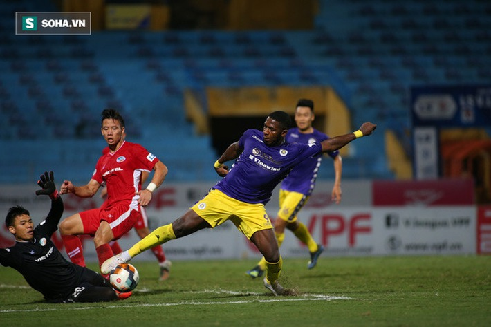 Quan hệ nhạy cảm với Quảng Ninh, Hà Nội FC vẫn sáng cửa vô địch - Ảnh 1.