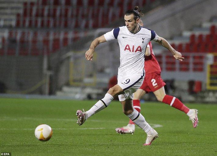Filip Nguyễn nhận điểm số bất ngờ trong trận đấu thảm họa; Mourinho ngán ngẩm với Bale - Ảnh 3.