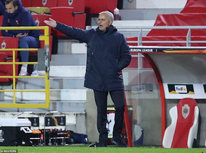 Filip Nguyễn nhận điểm số bất ngờ trong trận đấu thảm họa; Mourinho ngán ngẩm với Bale - Ảnh 4.