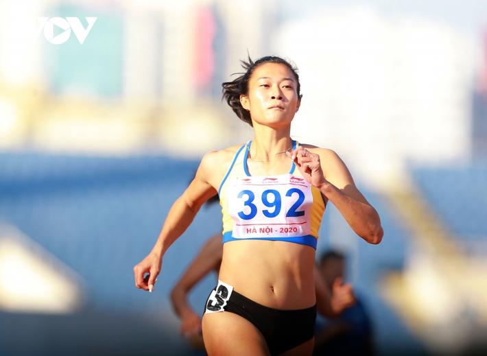 Giải Vô địch Điền kinh Quốc gia 2020: Nguyễn Thị Oanh giành HCV 5000m - Ảnh 3.