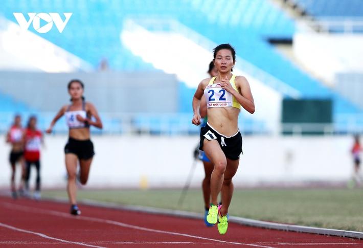 Giải Vô địch Điền kinh Quốc gia 2020: Nguyễn Thị Oanh giành HCV 5000m - Ảnh 2.