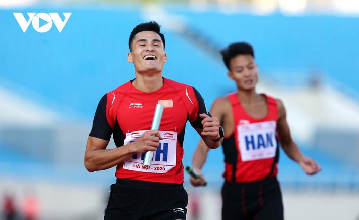 Giải Vô địch Điền kinh Quốc gia 2020: Nguyễn Thị Oanh giành HCV 5000m - Ảnh 5.