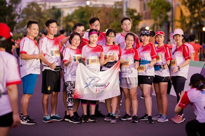 Giải thể thao gắn kết gia đình, đồng nghiệp và trải nghiệm mê mẩn trên hòn đảo ngọc - Ảnh 1.