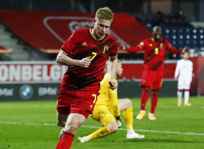 Người nhện Courtois phá lưới nhà, Bỉ vượt Đan Mạch giành vé vàng bán kết Nations League - Ảnh 6.