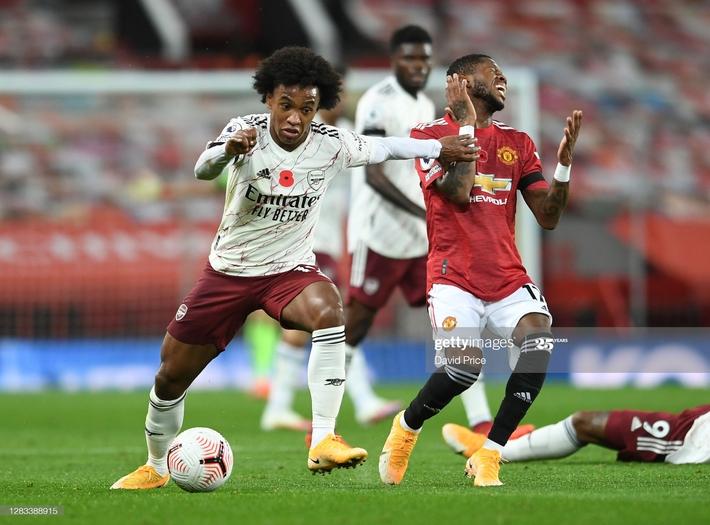 Pogba sắm vai tội đồ, Man United thất thủ đau đớn trên sân nhà trước Arsenal - Ảnh 2.