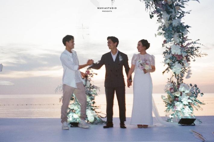 Văn Toàn viết tâm thư, gây sốt với tấm ảnh độc ở đám cưới Công Phượng - Viên Minh - Ảnh 1.