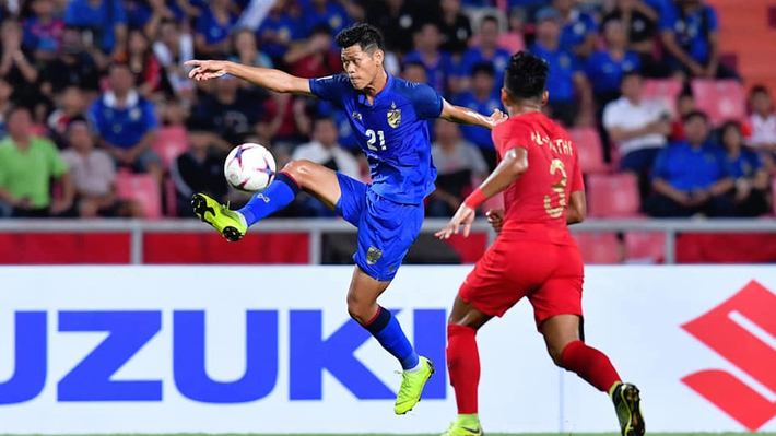 Hé lộ 4 tuyển thủ Thái Lan có khả năng theo chân Kiatisuk sang làm quân bầu Đức - Ảnh 4.