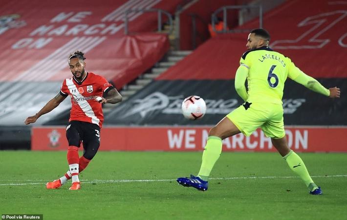 Dẫn đầu Premier League, Southampton lập kỳ tích 32 năm - Ảnh 5.