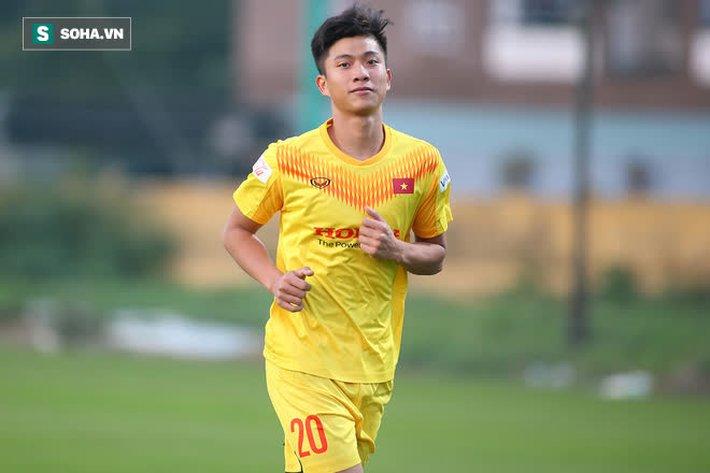 Quang Hải vắng mặt trong buổi tập, thầy Park yêu cầu ĐT Việt Nam rèn thêm ở khung giờ lạ - Ảnh 6.